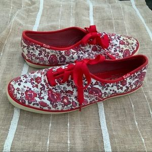 Keds Sneakers Red Floral Super cute! Size 5
